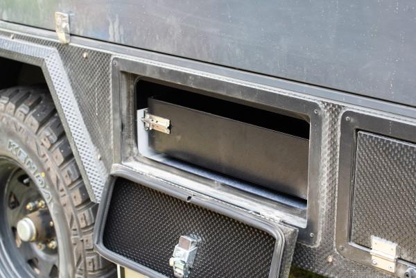 xh15 hybrid caravan storage