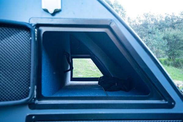 xh15 hybrid caravan ample storage